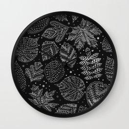 Silver Metal Embossed Leaf Pattern Wall Clock
