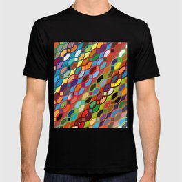 Seamless Geometric Multicolor Chain Pattern T-shirt