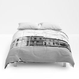 1401 Laurens Street, Baltimore Comforters