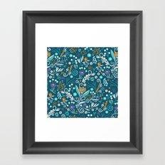 Flower circle pattern, blue Framed Art Print