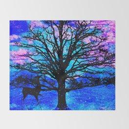 TREE ENCOUNTER Throw Blanket