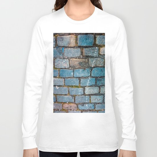 Rocks on the streets Long Sleeve T-shirt