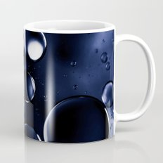 deep purple blue tones macro water droplets Mug