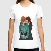 larry stylinson T-shirts featuring larry violet nature by mrsadfran