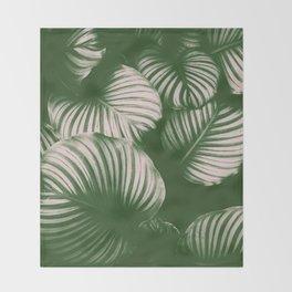 Plantpattern Throw Blanket