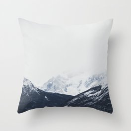Minimal mountains Throw Pillow