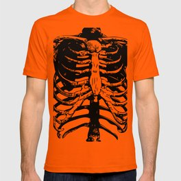 Skeleton Ribs | Skeletons | Rib Cage | Human Anatomy | Black and White | T-shirt