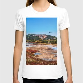 Bear Resort: Caldera Uzon T-shirt