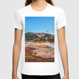 Bear Resort: Caldera Uzon T-shirt