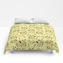 Rose Hummingbirds and Pink Flowers in Butter Yellow Floral Pattern with Pink Flowers and Bark Brown Comforters