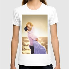 Feyre and Rhysand - A Romantic Sunset T-shirt