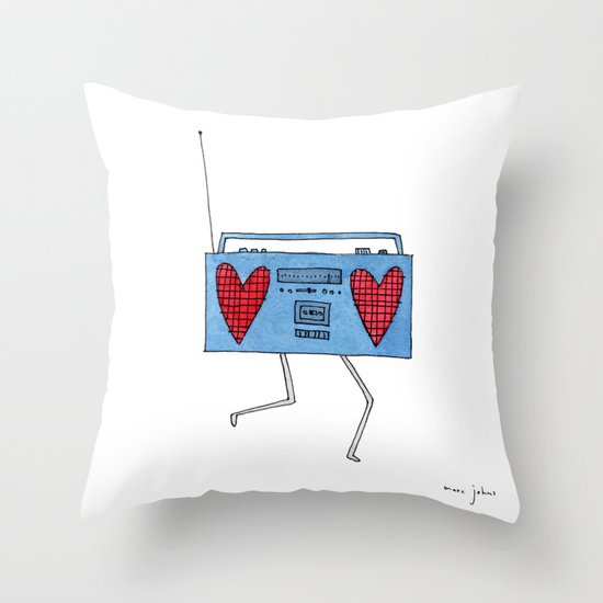 boombox with hearts Throw Pillow