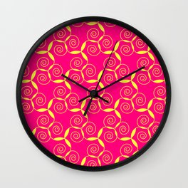 Golden curled paterns Wall Clock