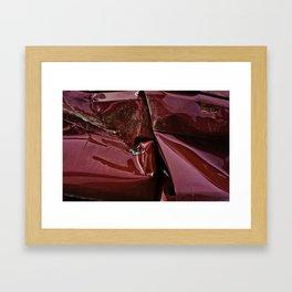 Porte rouge Framed Art Print