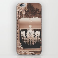 L'Appartement iPhone & iPod Skin