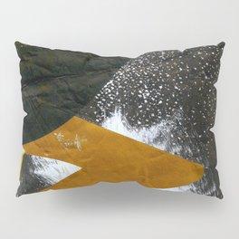 Moun Pillow Sham
