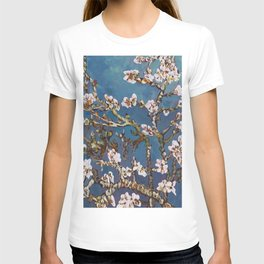 Vincent van Gogh Pink Blossoming Almond Tree (Almond Blossoms) T-shirt