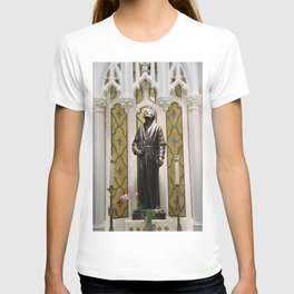 St. Patrick's Cathedral in Manhattan - St. Jude T-shirt