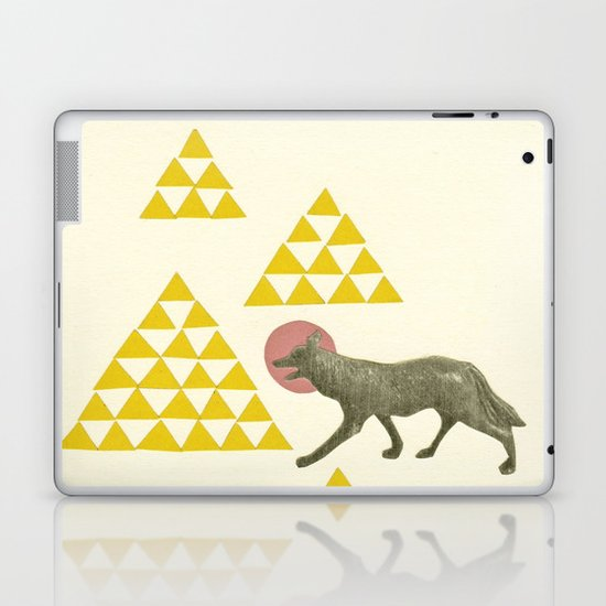 Mountain Wolf Laptop & iPad Skin