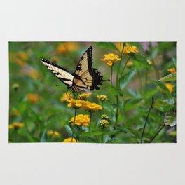 Swallowtail On Lantana Rug