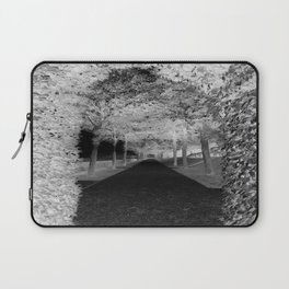 Black & White Hedge Laptop Sleeve