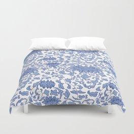 Chinoiserie Vines in Delft Blue + White Bettbezug