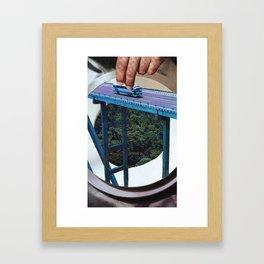 Juegos de Gigantes Framed Art Print