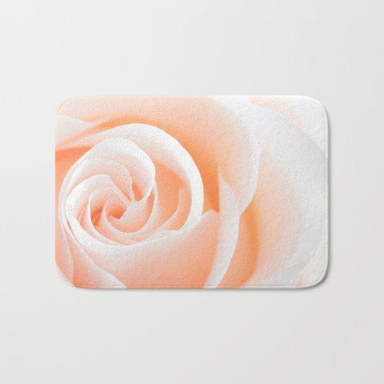 Rose´s heart I- Beautiful roses flower in pink Bath Mat