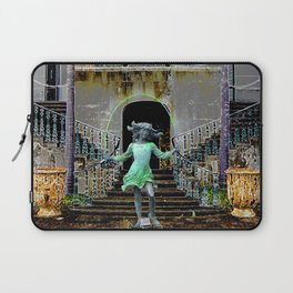Ghost in a Madeira Mansion. Laptop Sleeve