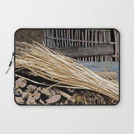 ART OF RURAL LIFE IN RUSTIC NEPAL Laptop Sleeve