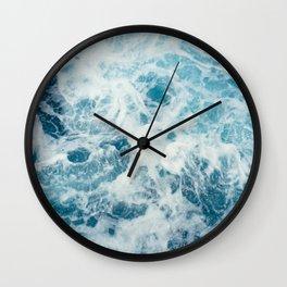 Espuma en la playa Wall Clock