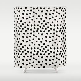 Preppy brushstroke free polka dots black and white spots dots dalmation animal spots design minimal Duschvorhang