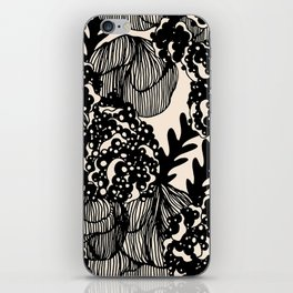 polly iPhone Skin