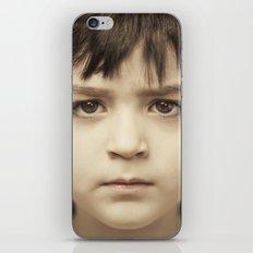 javi2 iPhone Skin