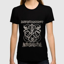Old norse design - Two Jellinge-style entwined beasts originally carved on a rune stone in Gotland. T-shirt