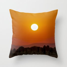 Atardecer 1 Throw Pillow