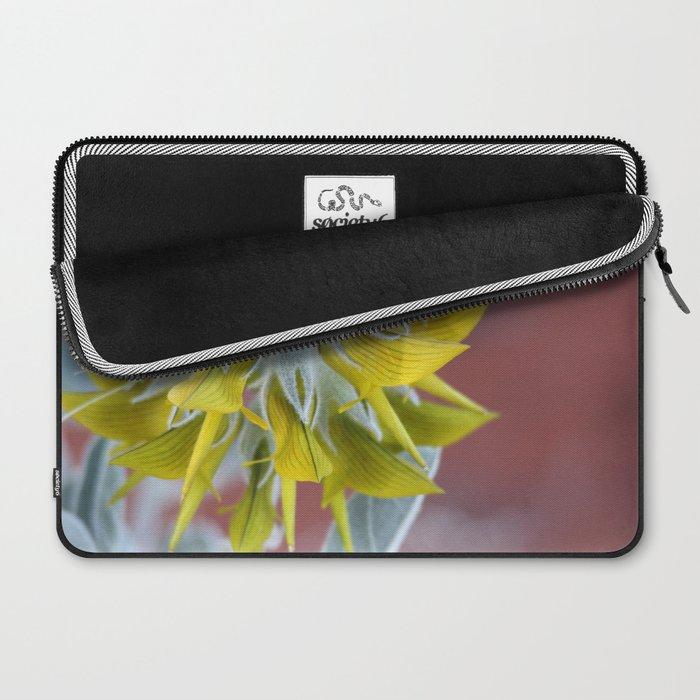 Alien flowers Laptop Sleeve
