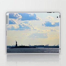 Silhouette Lady Laptop & iPad Skin