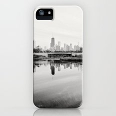 Chicago Skyline from South Pond Slim Case iPhone (5, 5s)