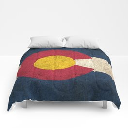 Old and Worn Distressed Vintage Flag of Colorado Comforters