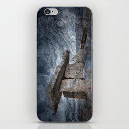 Poulnabrone Dolmen - Blue Winter Grunge iPhone Skin