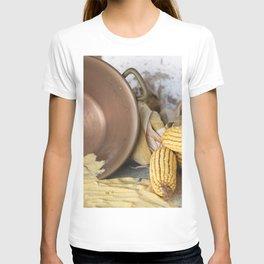 cob and pot with flour T-shirt