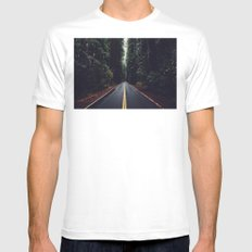 The woods have eyes White MEDIUM Mens Fitted Tee