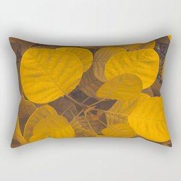 BRIGHT - PLANT - LEAVES - WITH - VEINS - GROWING - IN - GARDEN - PHOTOGRAPHY Rectangular Pillow