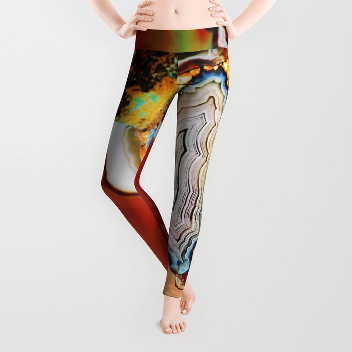 The Earth for the all-pervading Skies, the Moon and the Sun Leggings