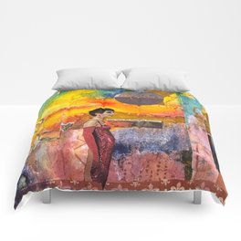 Living in Illusion Comforters