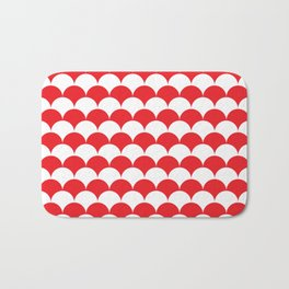 Red Clamshell Pattern Bath Mat