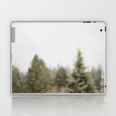 Must Love Snow Laptop & iPad Skin