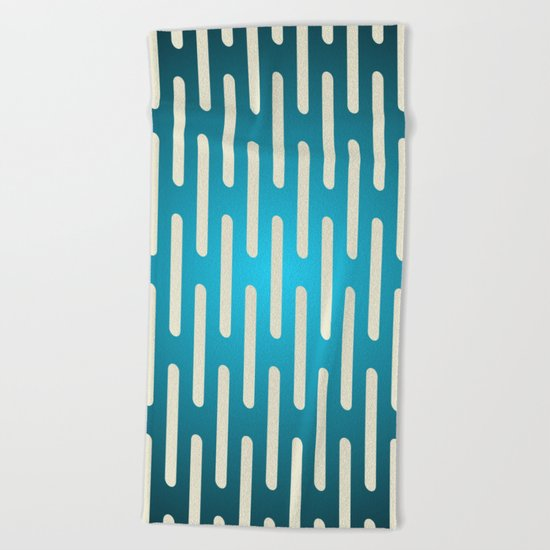 seamless pattern with gradient background Beach Towel