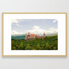 Hunedoara, Romania - Corvin Castle or Hunyadi Castle (Castelul Corvinilor or Castelul Huniazilor) Framed Art Print